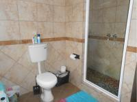 Main Bathroom - 34 square meters of property in Rikasrus AH
