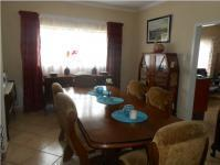 Dining Room - 16 square meters of property in Rikasrus AH
