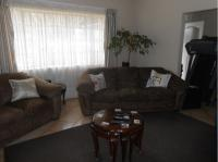 Lounges - 34 square meters of property in Rikasrus AH