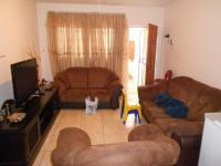 Lounges - 16 square meters of property in Dalpark