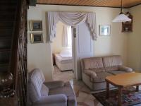 Lounges - 63 square meters of property in Table View