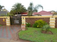 3 Bedroom 3 Bathroom in Brakpan