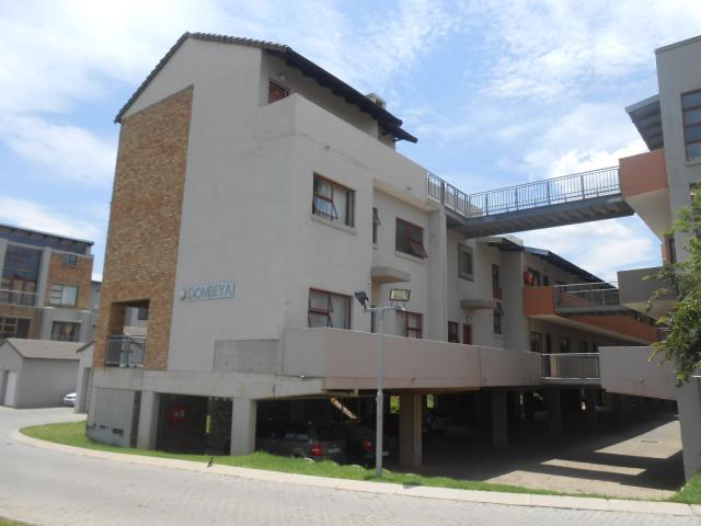3 Bedroom Apartment for Sale For Sale in Midrand - Home Sell - MR102215