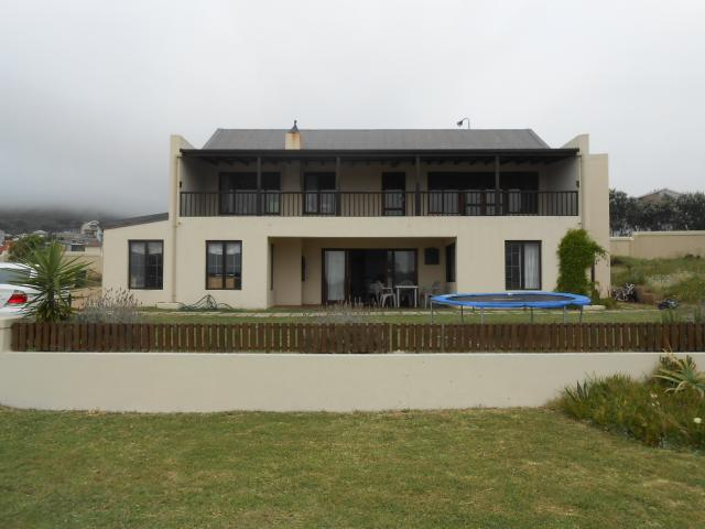 5 Bedroom House for Sale For Sale in Kommetjie - Private Sale - MR102222