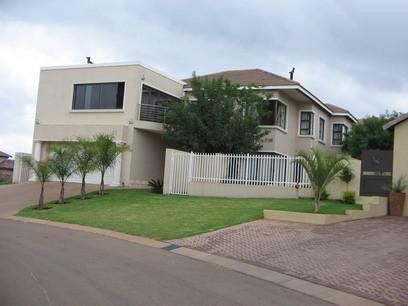 3 Bedroom House for Sale and to Rent For Sale in Highveld - Home Sell - MR10226