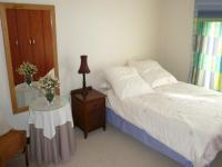 Bed Room 1 - 21 square meters of property in Highveld