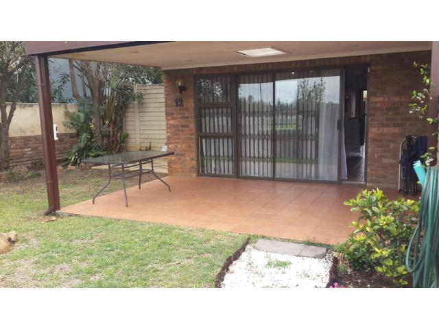 2 Bedroom Duplex For Sale in Boksburg - Home Sell - MR102266