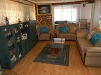 Lounges - 40 square meters of property in Mayberry Park