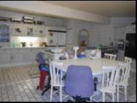 Kitchen - 72 square meters of property in Randfontein