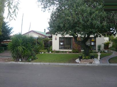 3 Bedroom House for Sale For Sale in Kuils River - Home Sell - MR10257