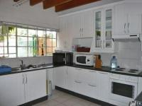 Kitchen - 9 square meters of property in Randpark
