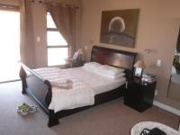 Main Bedroom - 20 square meters of property in Bloubergstrand