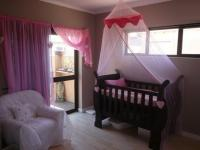 Bed Room 2 - 13 square meters of property in Bloubergstrand