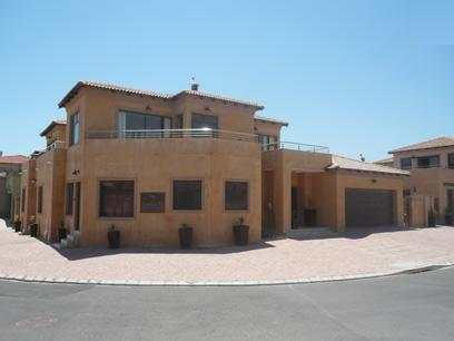 5 Bedroom House for Sale and to Rent For Sale in Bloubergstrand - Home Sell - MR10326
