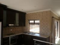 Kitchen - 37 square meters of property in Bloubergstrand