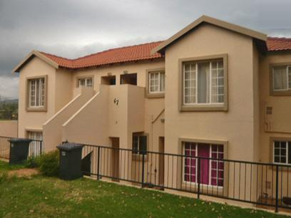 2 Bedroom Simplex for Sale For Sale in Strubensvallei - Home Sell - MR10337