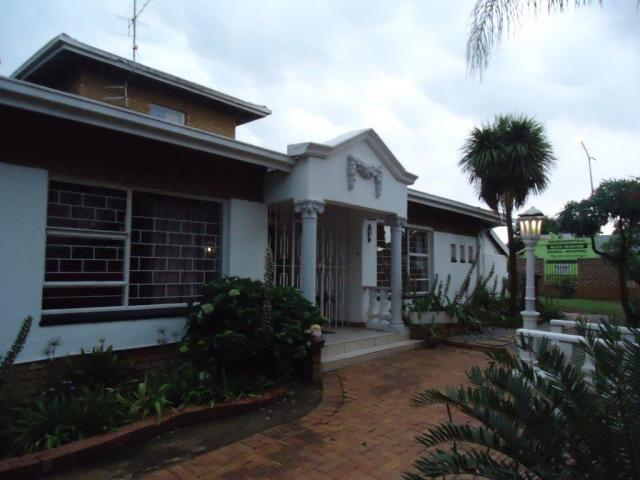 3 Bedroom House for Sale For Sale in Kempton Park - Private Sale - MR103413