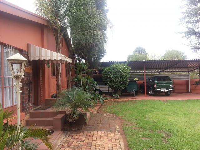 4 Bedroom House For Sale in Polokwane - Private Sale - MR103423