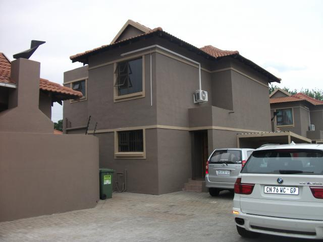 3 Bedroom Duplex For Sale in Alberton - Home Sell - MR103429