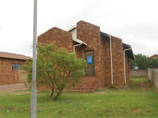 Standard Bank EasySell 3 Bedroom House for Sale For Sale in Heidelberg - GP - MR103466