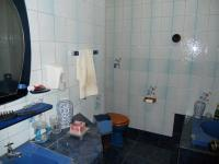Bathroom 1 - 7 square meters of property in Port Shepstone