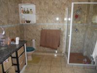 Main Bathroom - 10 square meters of property in Port Shepstone