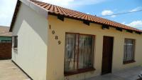 2 Bedroom 1 Bathroom House for Sale for sale in Brits