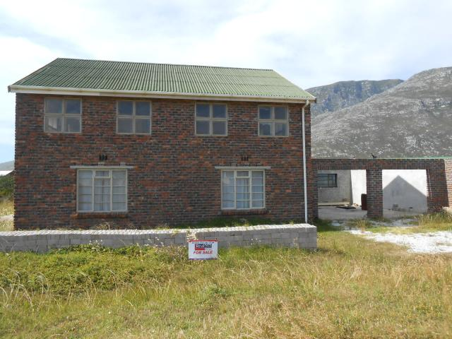 3 Bedroom House For Sale in Bettys Bay - Private Sale - MR103574