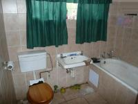 Main Bathroom - 5 square meters of property in Wolmer