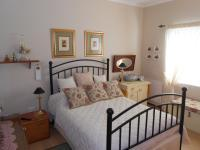Main Bedroom - 15 square meters of property in Somerset West