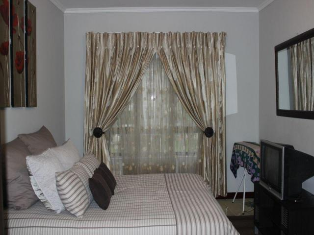 Standard Bank EasySell 2 Bedroom Apartment for Sale For Sale in Noordwyk - MR103626
