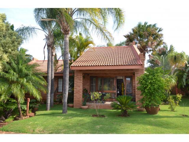 2 Bedroom Sectional Title for Sale For Sale in Bela-Bela (Warmbad) - Private Sale - MR103700