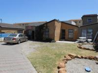 4 Bedroom 3 Bathroom in Langa
