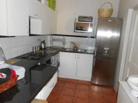 Kitchen - 9 square meters of property in Waterval East