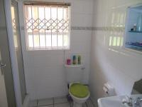 Bathroom 1 - 3 square meters of property in Uvongo
