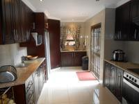 Kitchen - 14 square meters of property in Dalpark