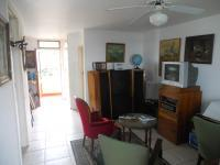 Lounges - 16 square meters of property in Doonside