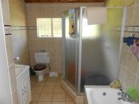 Bathroom 1 - 12 square meters of property in Tiegerpoort