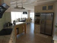 Kitchen - 16 square meters of property in Glen Marine