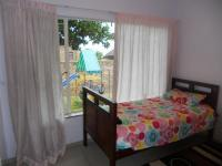 Bed Room 2 - 12 square meters of property in Rooihuiskraal