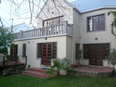 5 Bedroom House For Sale in Hout Bay   - Private Sale - MR10393
