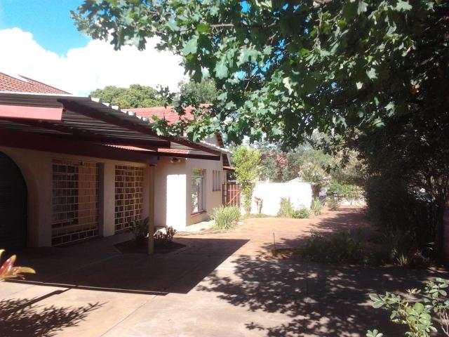 3 Bedroom House for Sale For Sale in Stilfontein - Private Sale - MR104103
