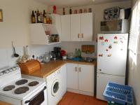 Kitchen - 5 square meters of property in Uitzicht