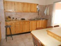 Kitchen - 18 square meters of property in Kenmare