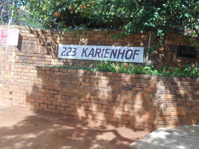 2 Bedroom Apartment For Sale in Pretoria North - Home Sell - MR104147
