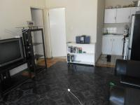 Lounges - 17 square meters of property in Bloubosrand