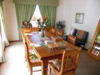 Dining Room - 16 square meters of property in Albertinia