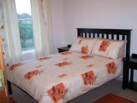 Bed Room 1 - 10 square meters of property in Hartenbos