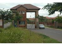 2 Bedroom 1 Bathroom Flat/Apartment for Sale for sale in Silver Lakes Golf Estate