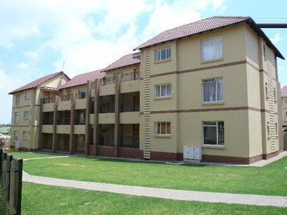2 Bedroom Apartment for Sale and to Rent For Sale in Emalahleni (Witbank)  - Private Sale - MR10423
